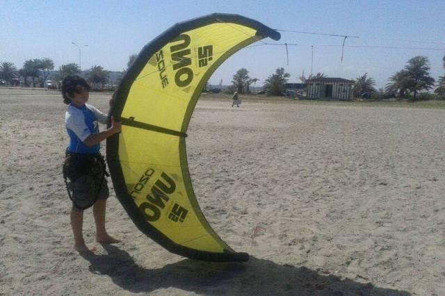 Kitesurfkurs für Kinder in Cagliari auf Sardinien