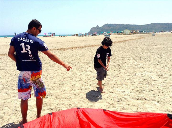 Kitesurfkurs für Kinder in Sardinien